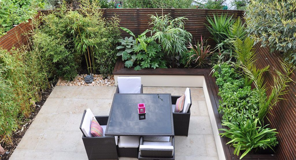 Rooftop Garden for Dining Together