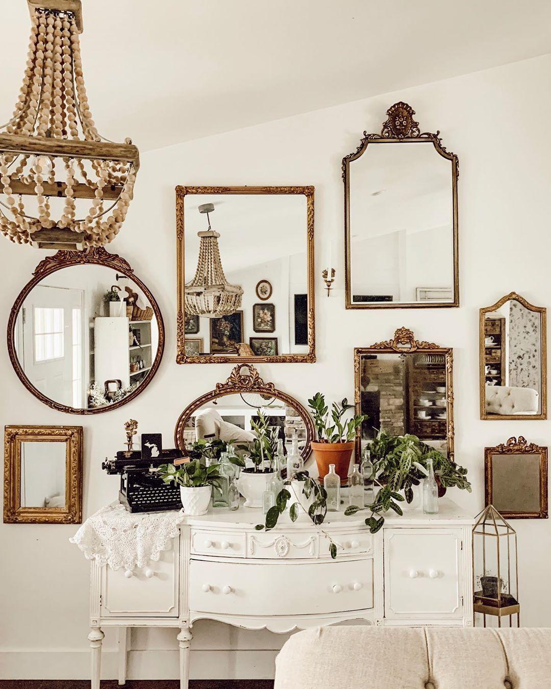 Aesthetic Mirror Gallery
