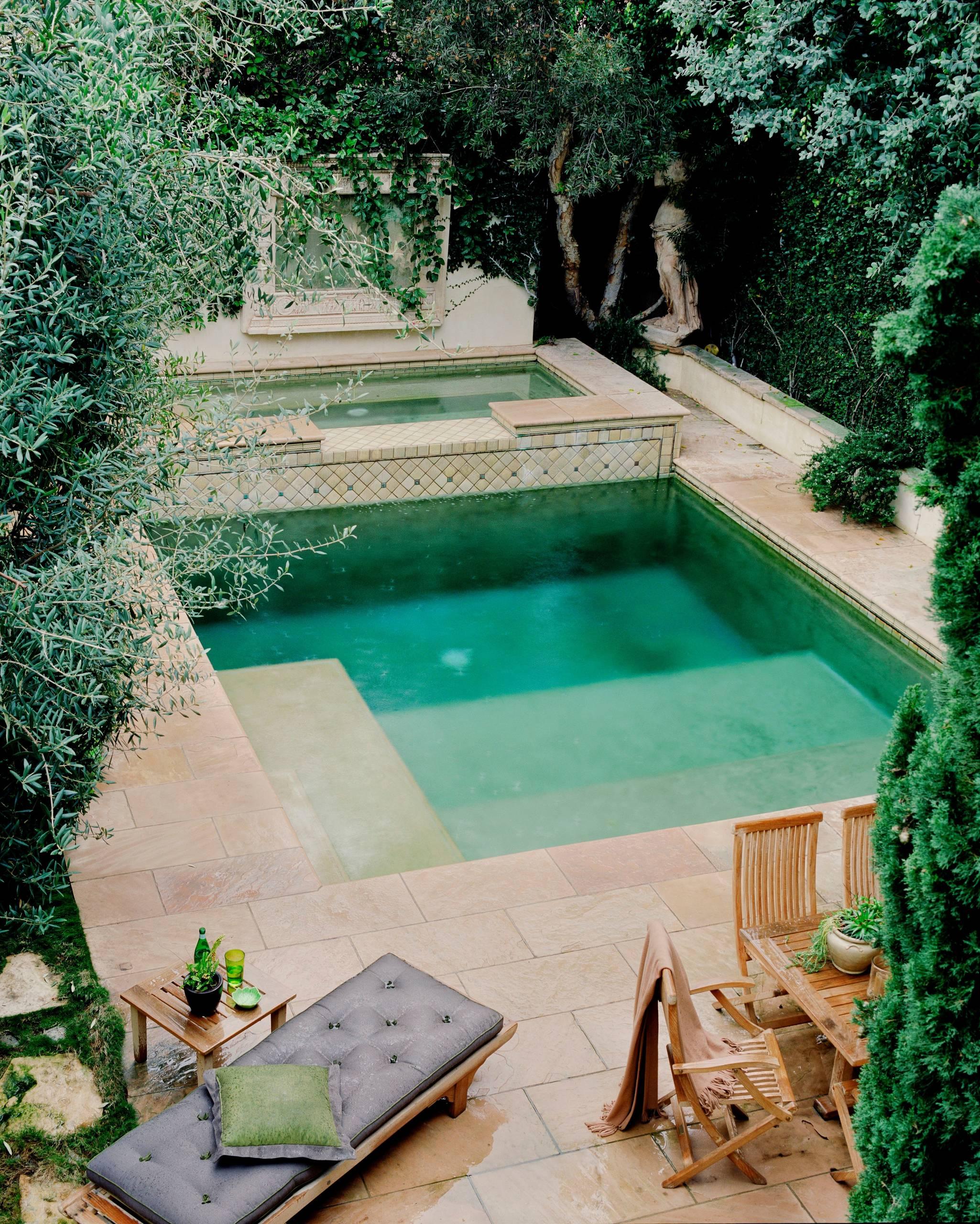 Simple Square Swimming Pool