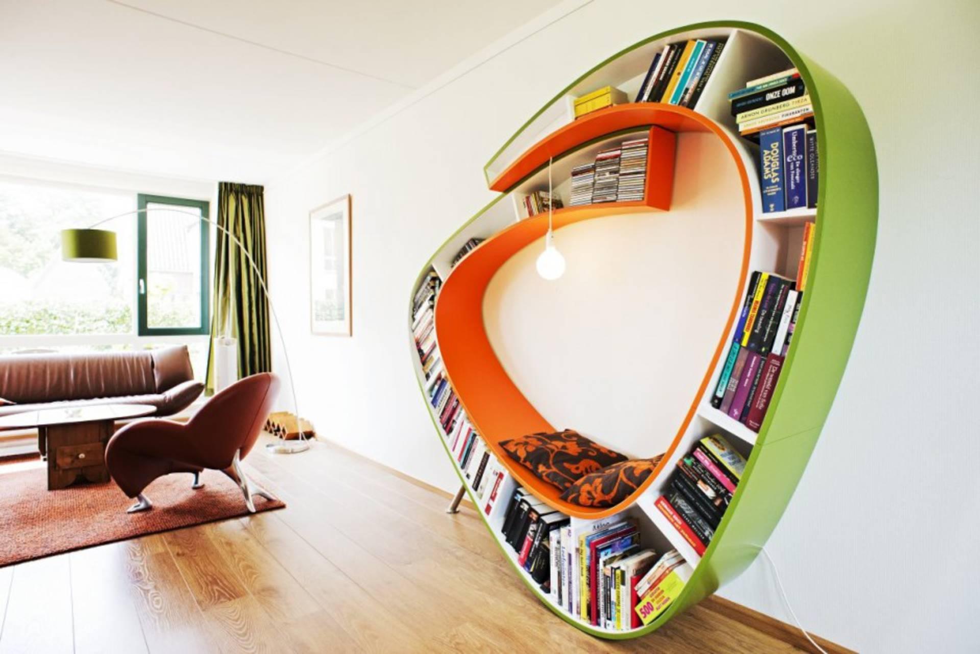 Unique and Attractive Bookshelf